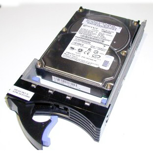 HD IBM 300 GB 15K SAS 10K rpm